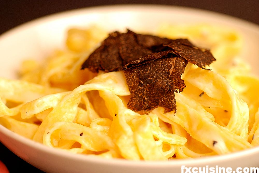 Black truffle pasta